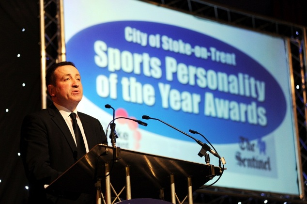 Sentinel Editor-in-Chief Mike Sassi at the Sports Awards 2012.